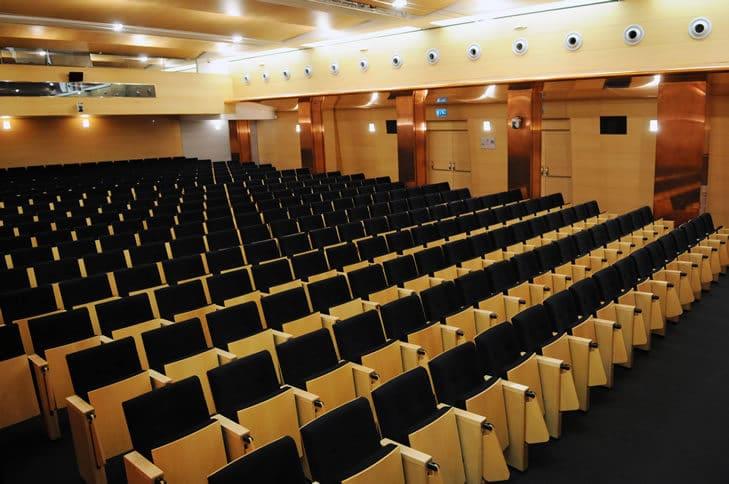 Salón de actos 4